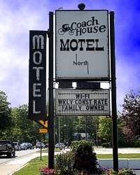 Coach House Inn Petoskey Michigan Motel